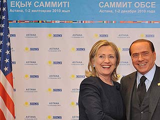 Clinton elogia a Berlusconi tras las filtraciones de Wikileaks