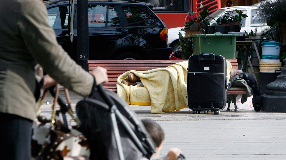 Una ONG trabaja en la reinserción de personas sin techo facilitándoles en primer lugar un hogar