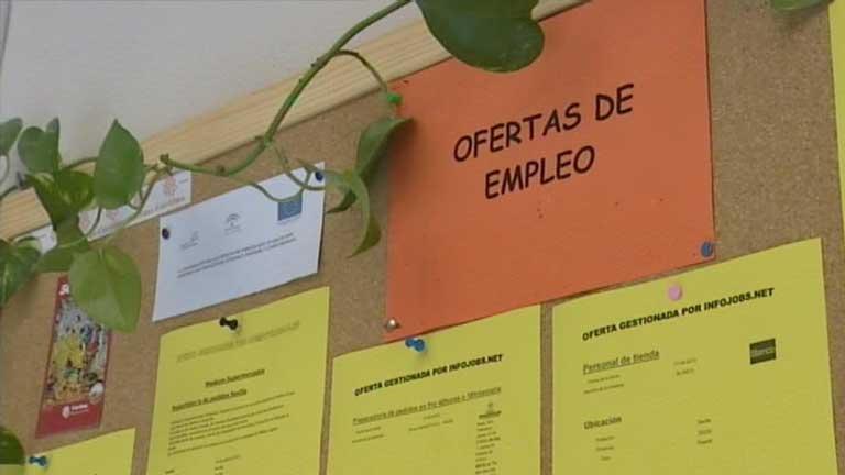 Los programas de reinserción laboral de Cáritas son cada vez m&aa