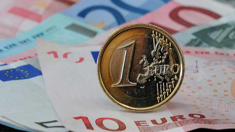 Reunión de los ministros de economía de la eurozona para dar una prórroga a España