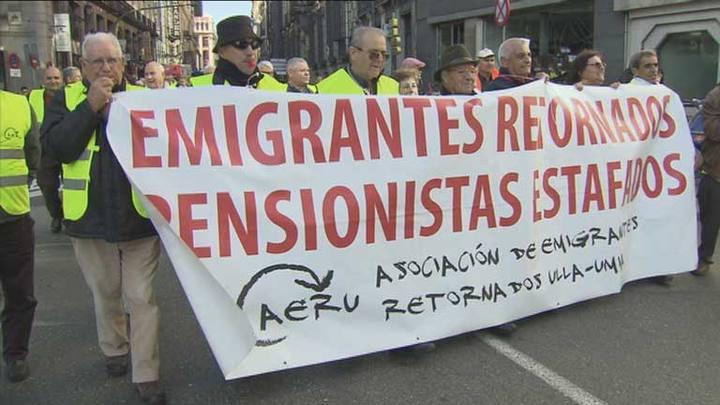 Protesta de emigrantes jubilados retornados