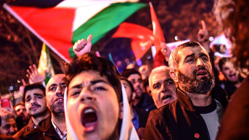 Protestas en Estambul en contra de Trump y EE.UU.