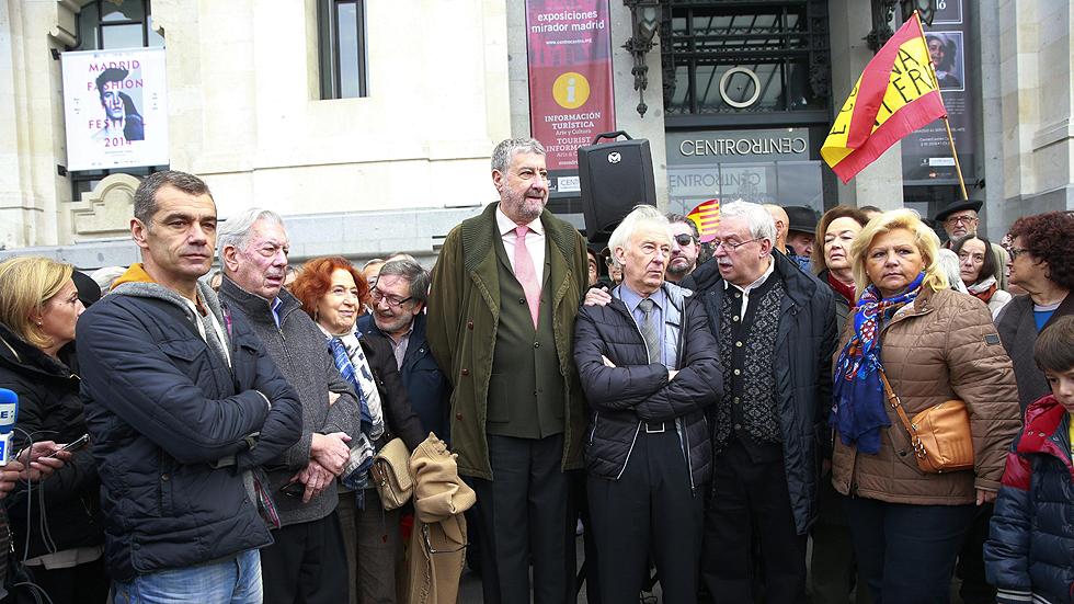 """Protestas en varias ciudades contra el """"atropello"""" del 9N"""