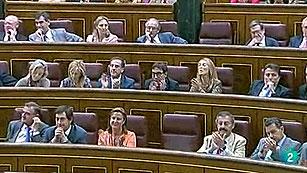 El PSOE pide por twitter la dimisión de Andrea Fabra