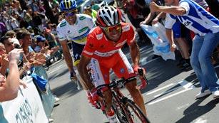 Purito vuelve a ganar el mano a mano con Contador