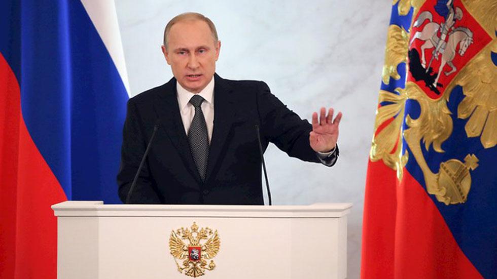 Putin acusa a Occidente de querer ahogar a Rusia tras otro Telón de Acero