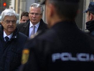 Ver vídeo  'El querellante contra Garzón niega que represente al PP'