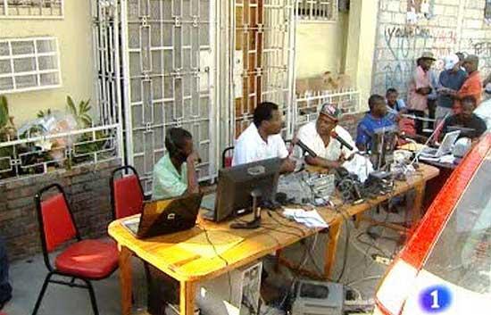 """La radio de Haití, """"Radio Caribe"""" sigue transmitiendo en el país"""