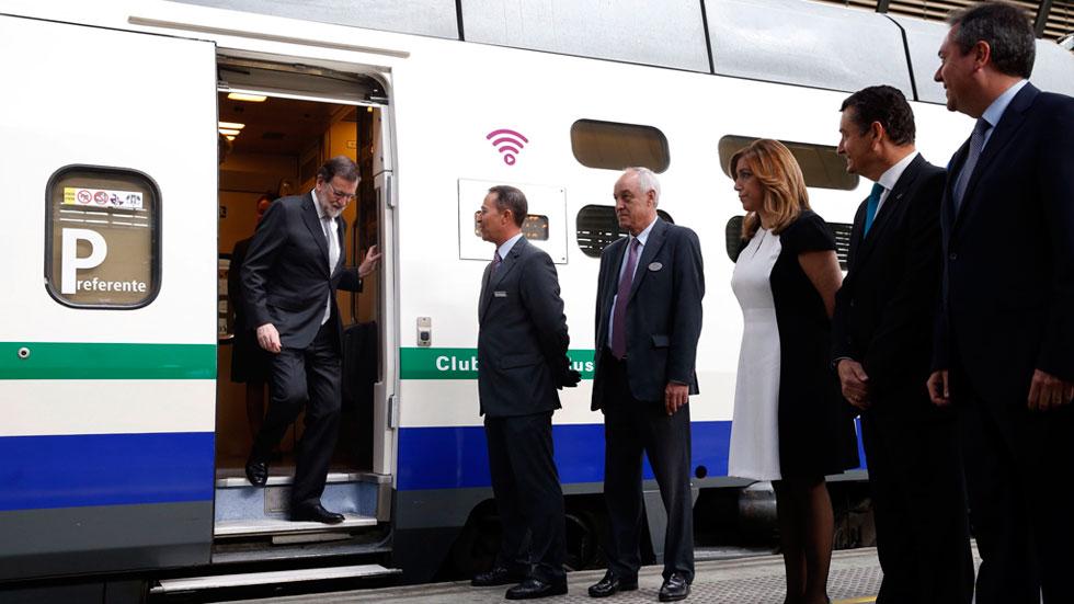 Rajoy anuncia que Renfe comprará 15 trenes AVE, lo que supondrá una inversión de más de 500 millones de euros