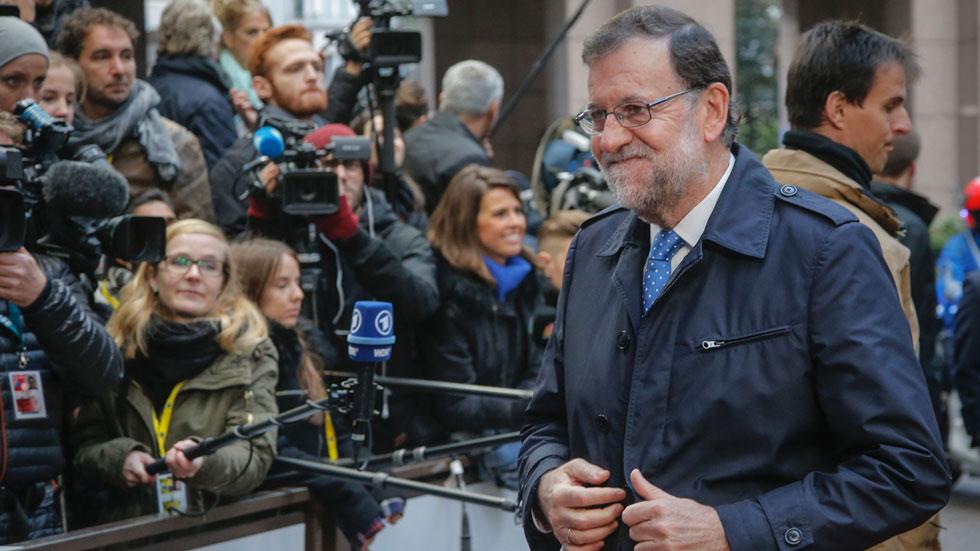 Rajoy asegura que las decisiones sobre España las tendrán que tomar los 350 diputados del Congreso