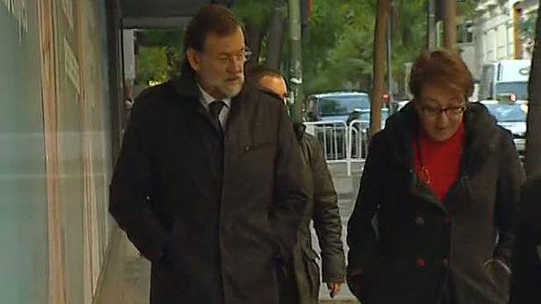Rajoy escucha la opinión de las entidades financieras