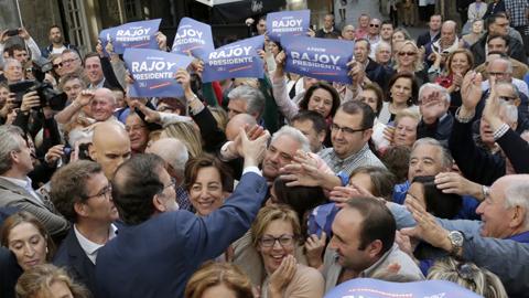 """Rajoy dice estar """"en forma"""" para seguir llevando """"el timón de España"""" durante los próximos cuatro años"""