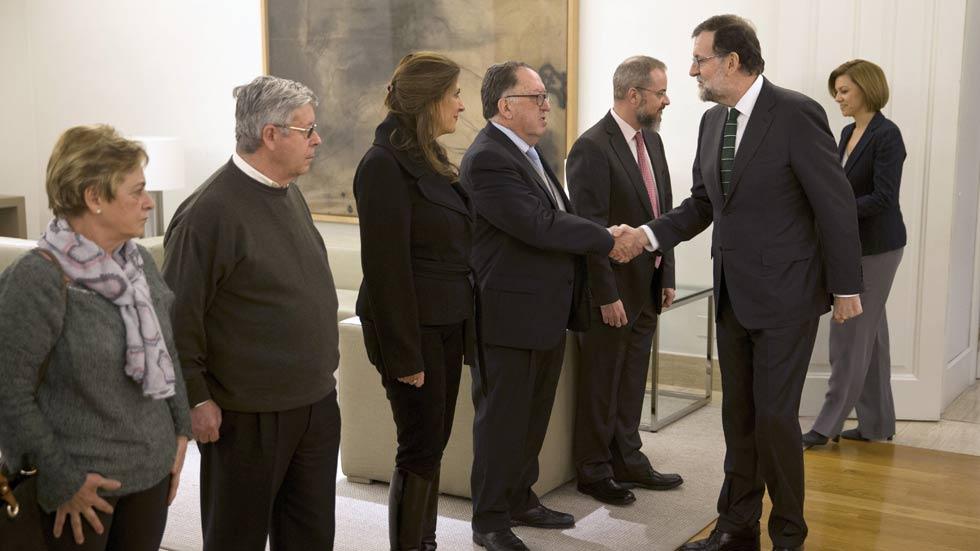 """Rajoy dice que la reunión con los familiares de las víctimas del Yak 42 ha sido """"franca"""""""