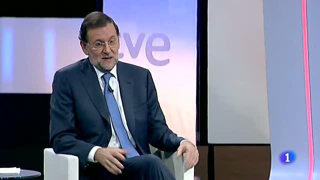 """Rajoy: """"Los gallegos tienen dos opciones claras, una es el PP y otra seis o siete partidos"""""""