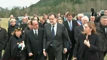 Ir al VideoRajoy, Hollande y Merkel visitan la zona de los Alpes donde se estrelló el avión de Germanwings