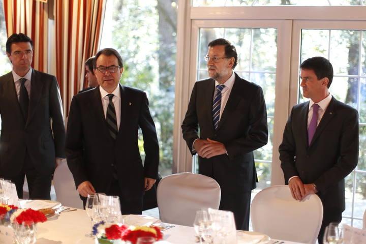 Rajoy y Mas se encuentran por primera vez tras la celebración de la consulta del 9N