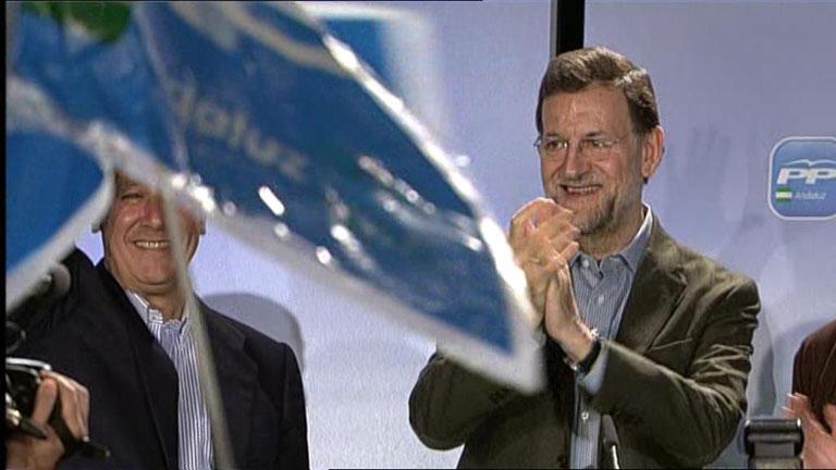 Rajoy pide en Lucena un cambio para Andalucía