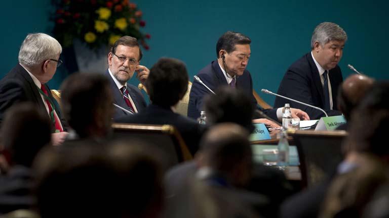 """Rajoy pide a Mas """"gestos de grandeza"""""""