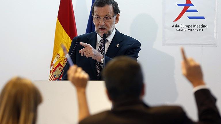 Rajoy pide no prejuzgar a Rato por las tarjetas B y esperar a las decisiones judiciales y del PP