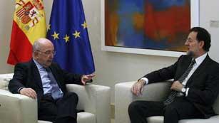 Mariano Rajoy se reúne con Almunia para hablar de la situación económica de la eurozona