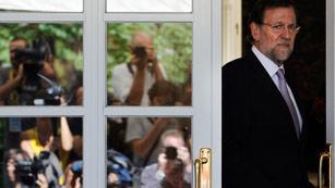 Rajoy trata con Hollande las posibles medidas de la UE para estabilizar la zona euro