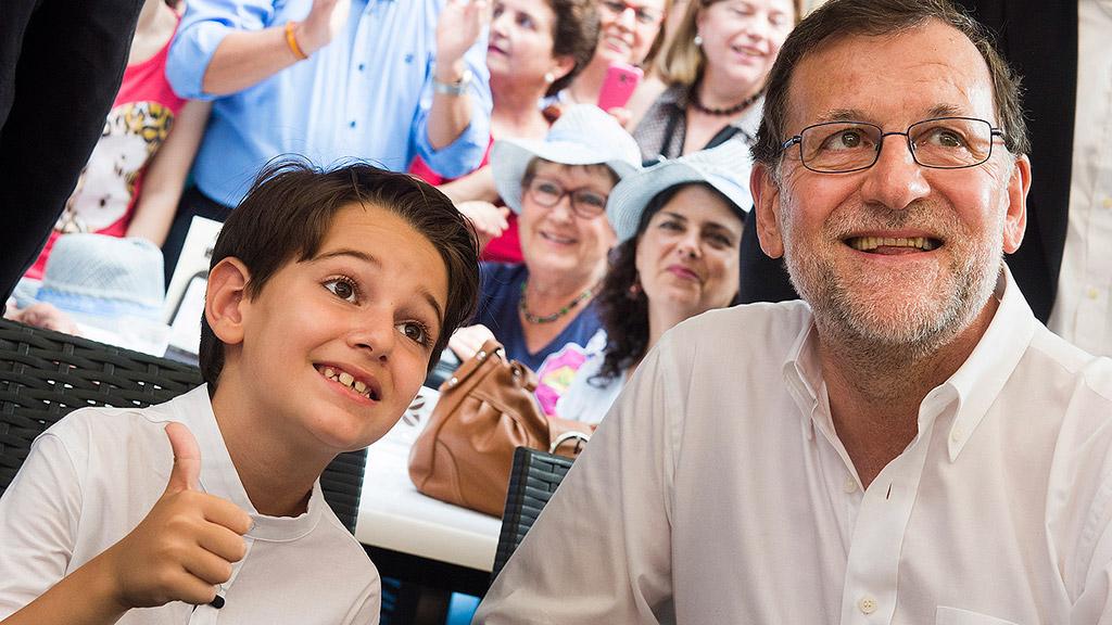 """Rajoy: la única alternativa al PP es un gobierno en torno a """"Podemos, radicales y extremistas"""""""