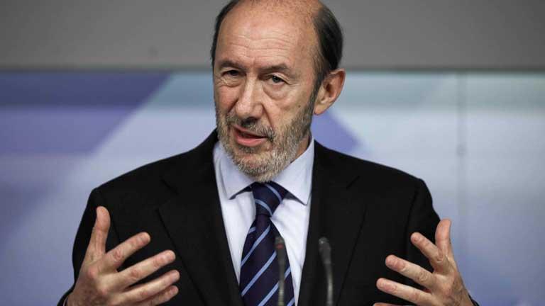 La dimisión de Rato y el Plan de saneamiento de Bankia provocan diferentes reacciones políticas