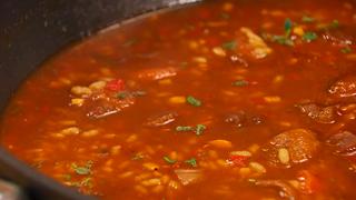 Torres en la cocina - Receta de arroz caldoso de carrilleras y níscalos