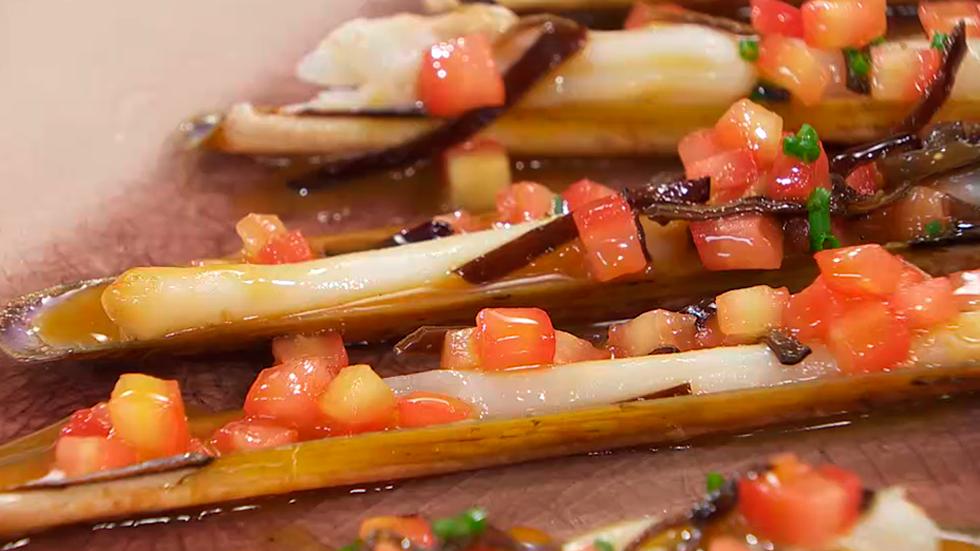 Torres en la cocina - Receta de navajas con salsa de asado