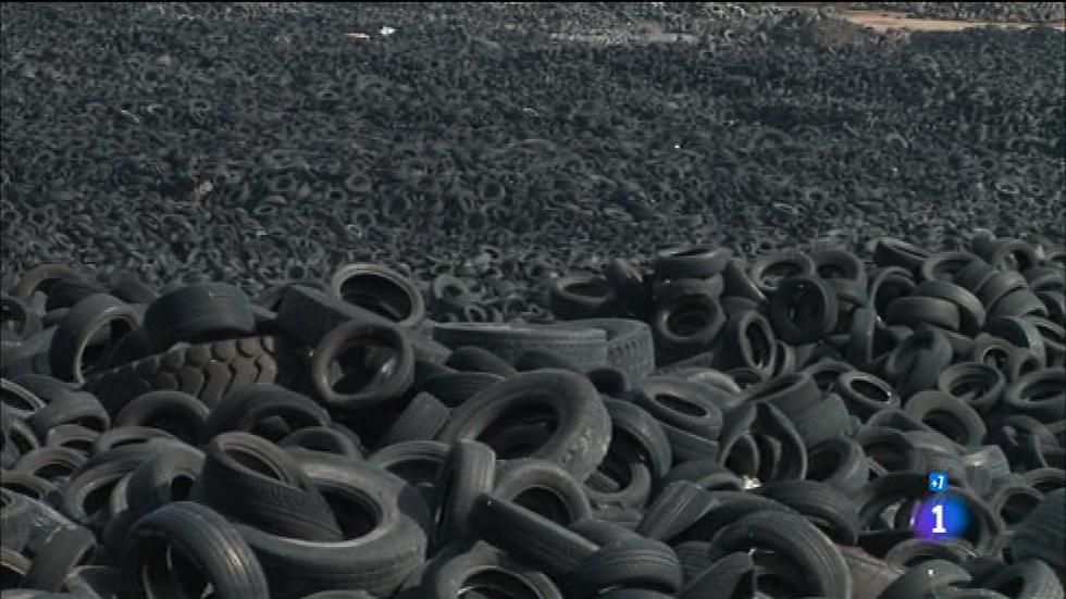 Comando actualidad - Sobra basura - Reciclando neumáticos