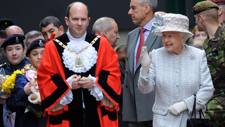 """Reino Unido siente como un """"desaire"""" la ausencia de la reina Sofía al Jubileo"""