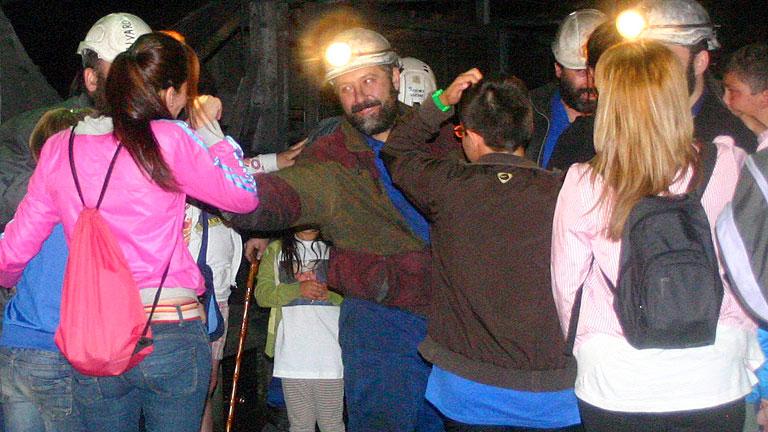 Relevan a los siete mineros encerrados en Pozo de Santa Cruz del Sil (León)
