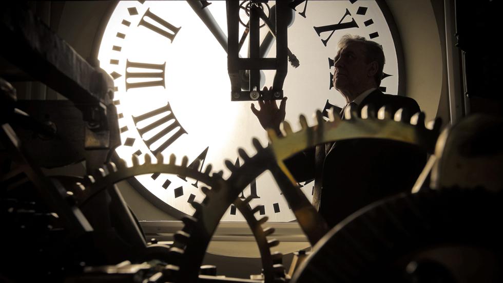 El reloj de la puerta del sol cumple 150 a os marcando las for Hora puerta del sol