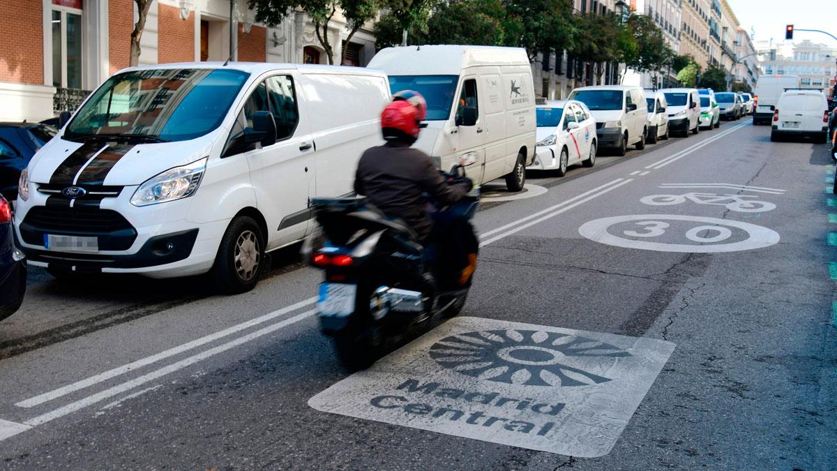 Ir al VideoLos repartidores aseguran que son los más afectados por la puesta en marcha de Madrid Central