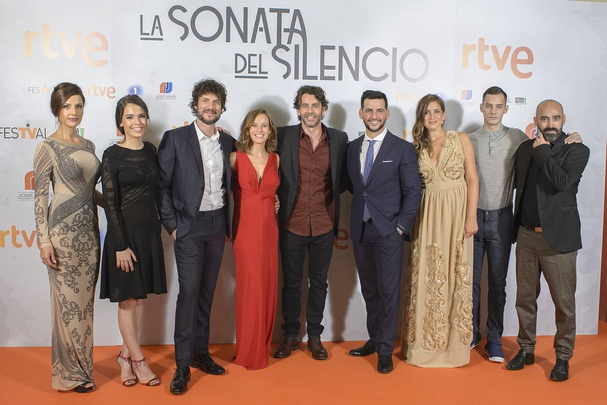 Reparto de 'La sonata del silencio' en el FesTVal de Vitoria