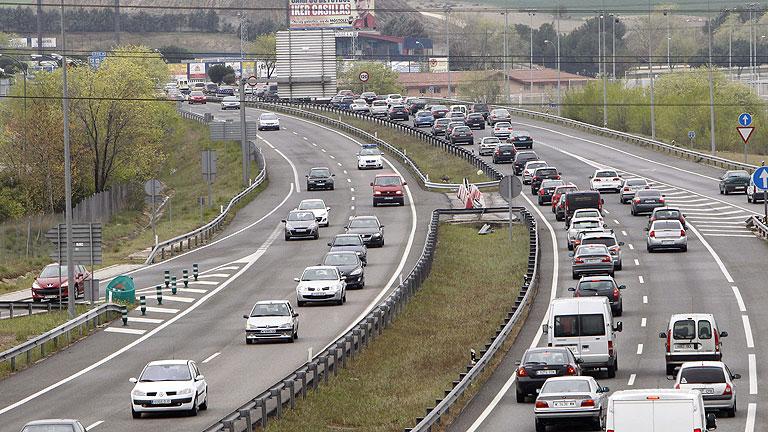 Retenciones al mediodía en las carreteras sentido Madrid, Alicante y Valencia