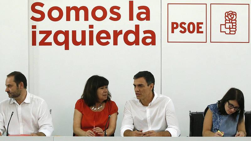 Reunión de la Ejecutiva Federal del PSOE tras la renovación de estructuras en seis federaciones