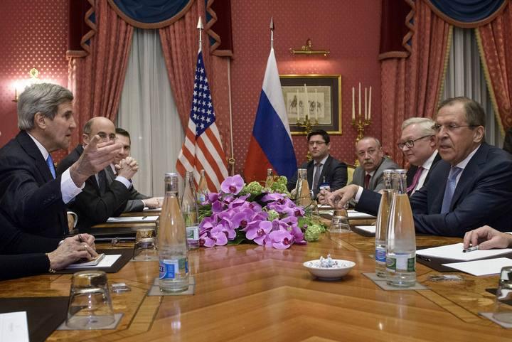 Reunión entre EE.UU. y Rusia en el marco de las negociaciones sobre el programa nuclear iraní