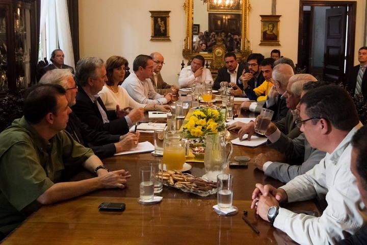 REUNIÓN DE OPOSICIÓN CON CANCILLERES DE UNASUR Y EL NUNCIO