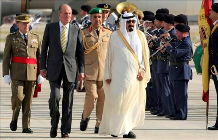 El rey Abdalá de Arabia Saudí con el rey Juan Carlos I de España durante una visita oficial