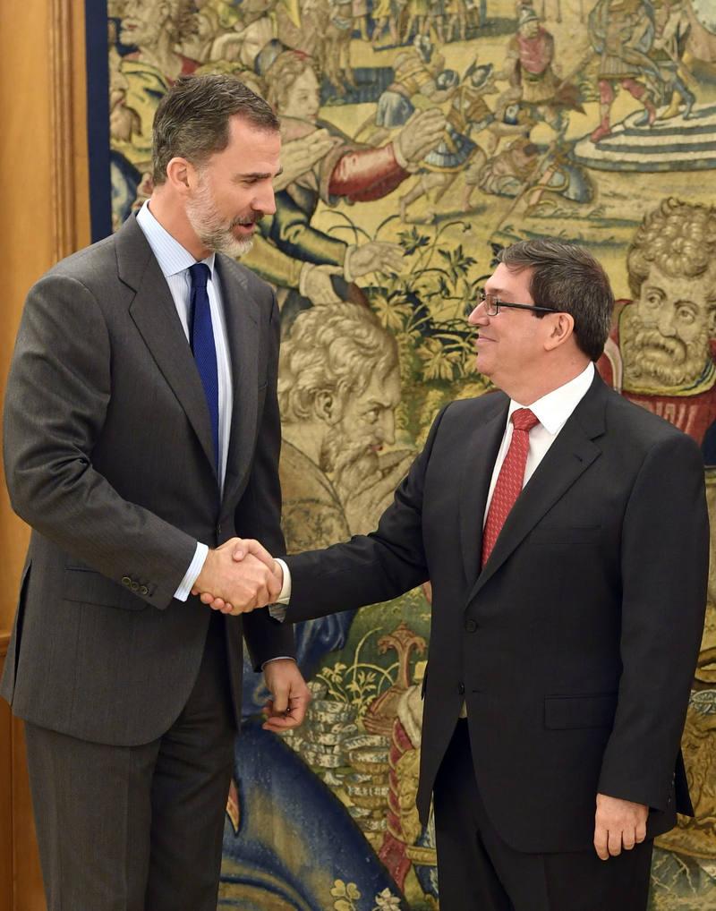 El rey Felipe recibe al ministro de Exteriores de Cuba en La Zarzuela