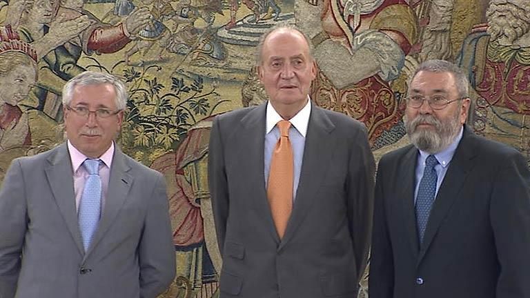 El rey se reúne con Toxo y Méndez
