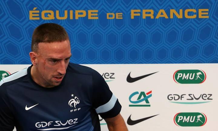 Ribery comparece ante los medios de comunicación.
