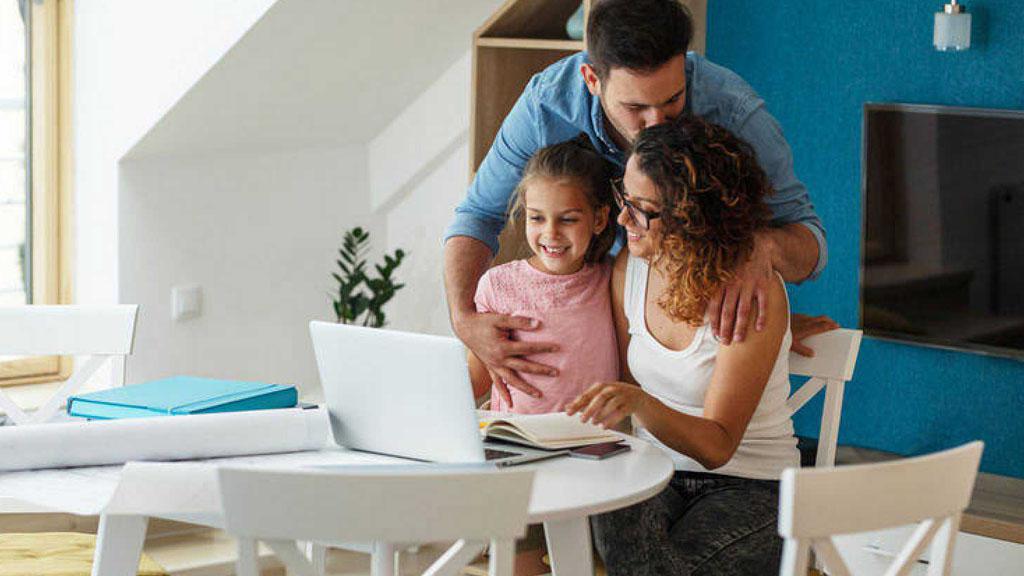 Ir al VideoLa riqueza de las familias crece un 4% en el primer trimestre