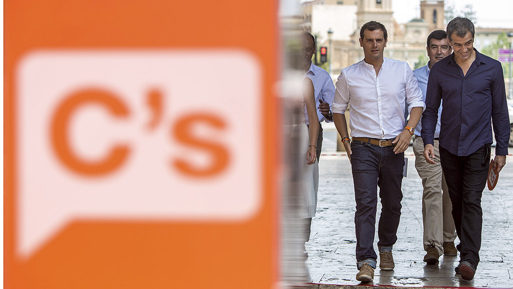 """Rivera: """"Solo se puede reformar España con un partido con las manos libres y limpias"""""""