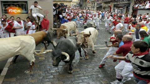 RNE te narra el segundo encierro de San Fermín 2012 en imágenes