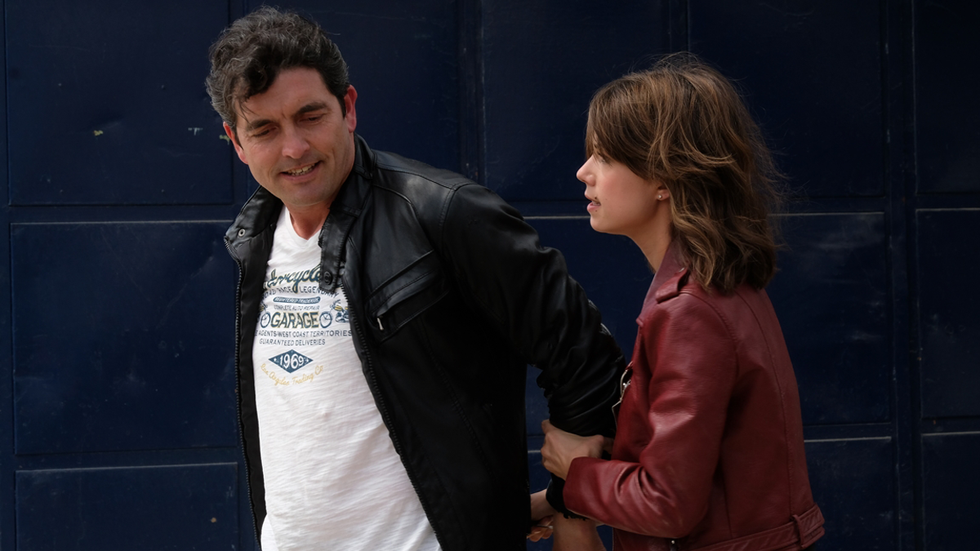 Servir y proteger - Rober y Alicia detienen a Pinardo