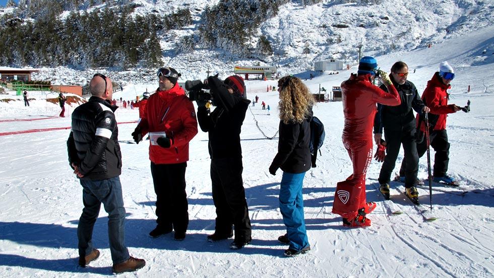 RTVE comprueba la eficacia del D-air, el airbag para los esquiadores