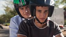 Ir al VideoRTVE.es te adelanta una escena de 'A cambio de nada': El 'simpa' de Miguel Herrán y Antonio Bachiller
