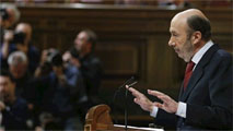 """Ir al VideoRubalcaba advierte a Rajoy que la recuperación llegará cuando """"devuelva derechos"""""""